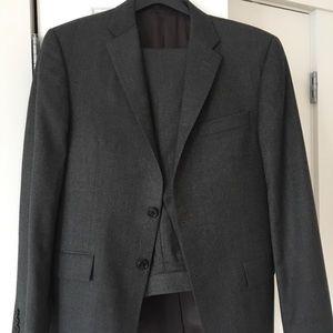 Simon Spurr flannel gray suit, size 48 (medium)